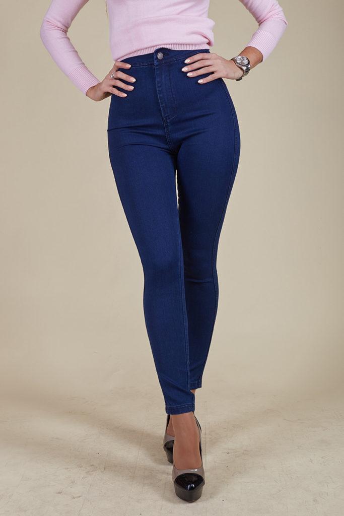 синие джинсы классика