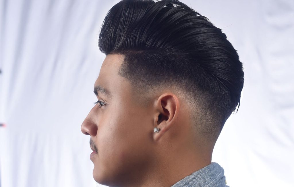 мужская стрижка: элвис объемная