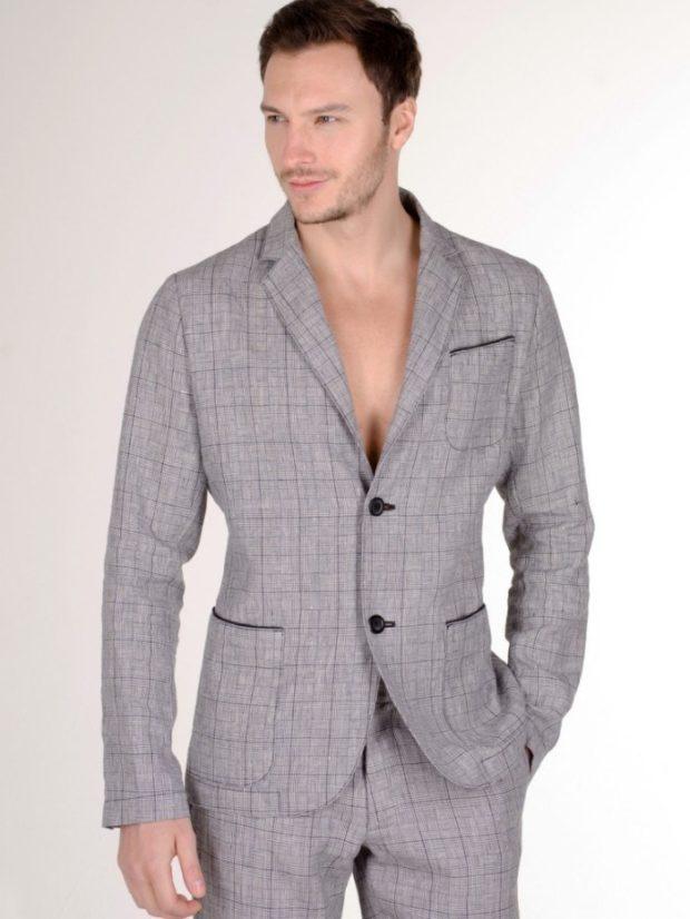 Мужская мода весна лето 2020: брючный серый костюм в клетку