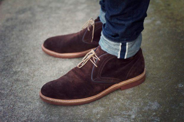 коричневые туфли замша