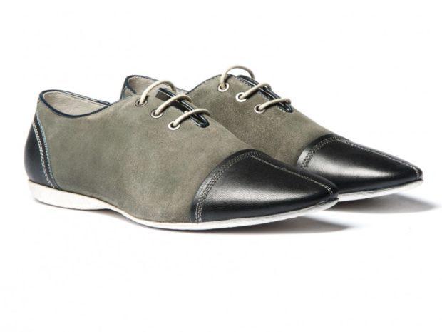 серые туфли с черным носком
