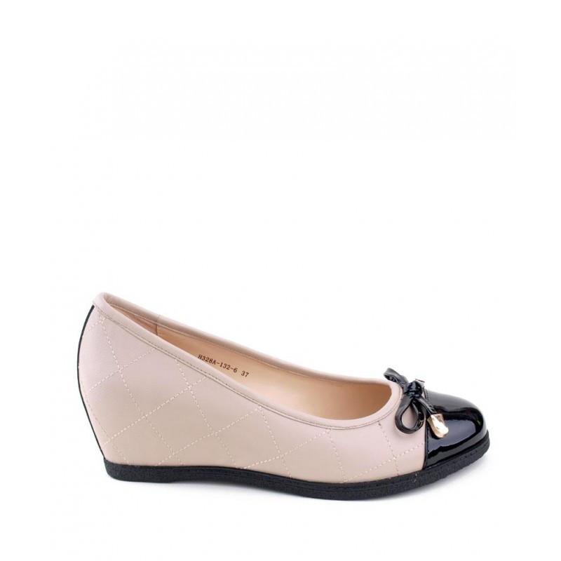 туфли на танкетке светлые с черным носком