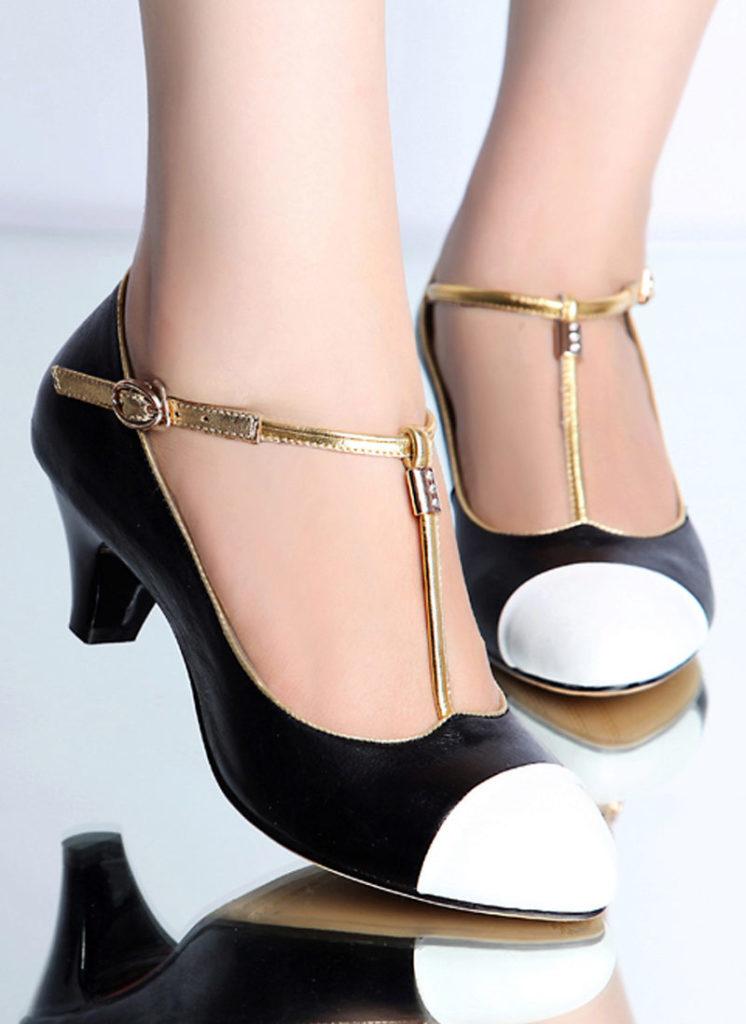 туфли на низком каблуке черные с белым носком на застежке