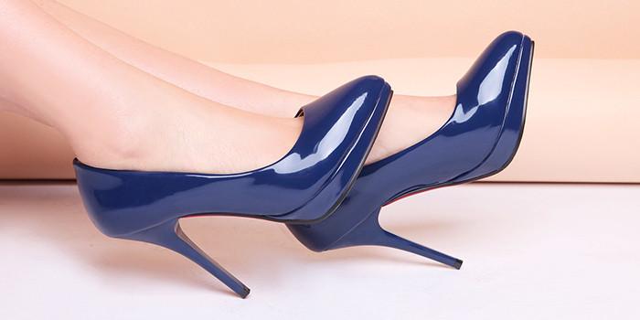 туфли лодочки синие лаковые на шпильке