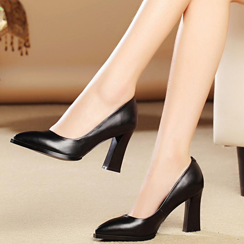 женские туфли кожаные черные на каблуке толстом