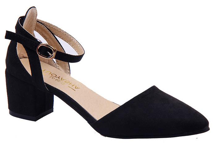 туфли с открытыми боками черные на низком каблуке